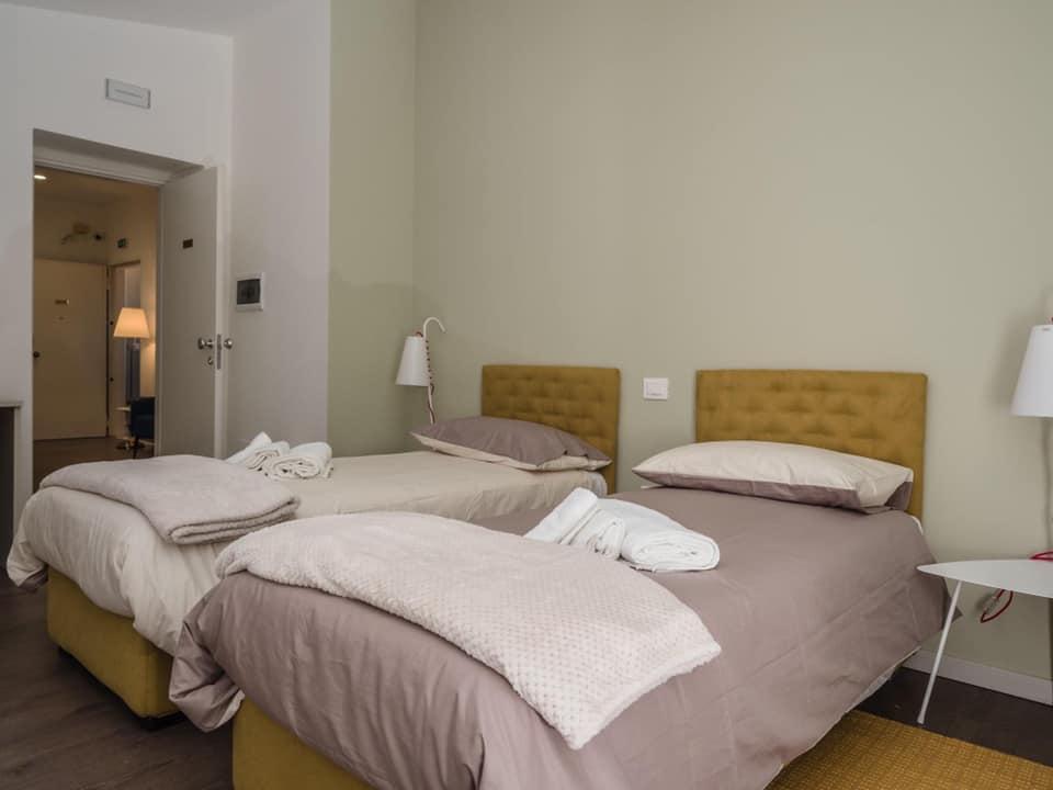 Arredamento bed&breakfast policastri a Corigliano Rossano Viteritti arredamenti - camera