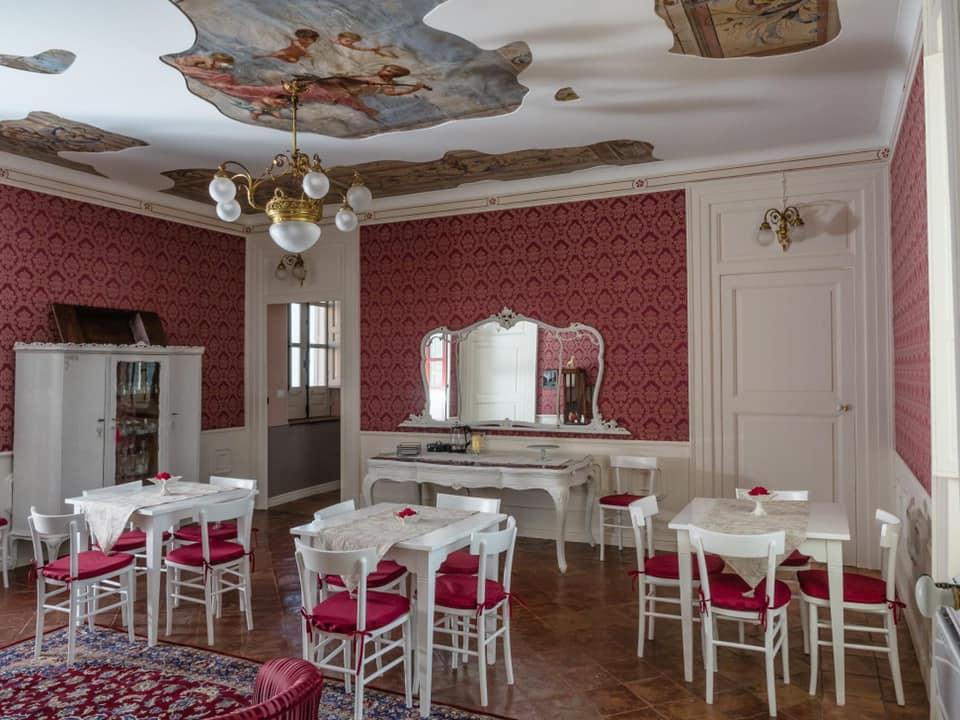 Arredamento bed&breakfast policastri a Corigliano Rossano Viteritti arredamenti - sala colazione