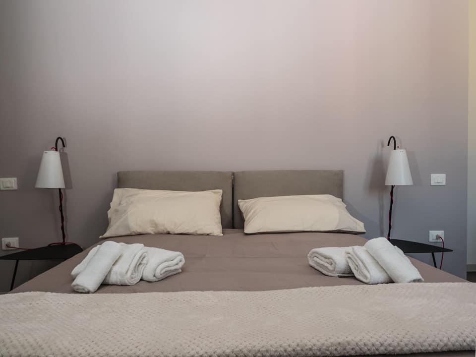 Arredamento bed&breakfast policastri a Corigliano Rossano Viteritti arredamenti - camera da letto ospiti